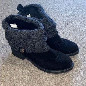Muk Luks ankle booties black/gray